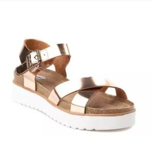 New! Not Rated Platform Sandals